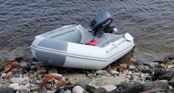 лодка классик фото
