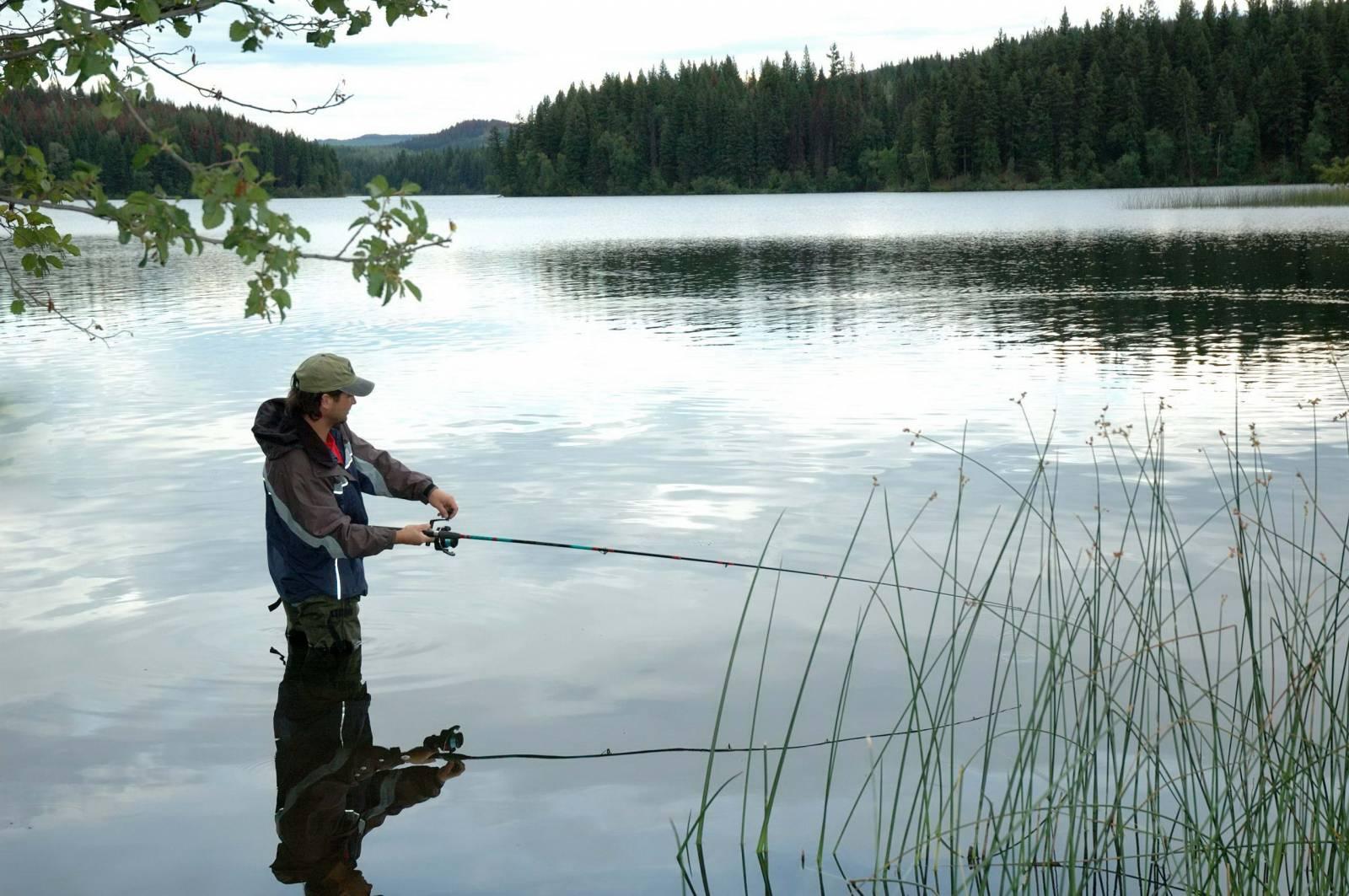 Какой длины спиннинг для ловли с берега